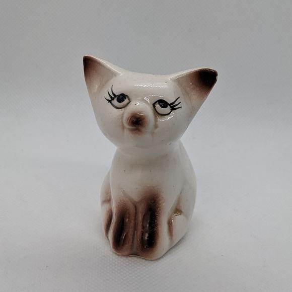Vintage Ceramic Cat Planter or toothpick holder